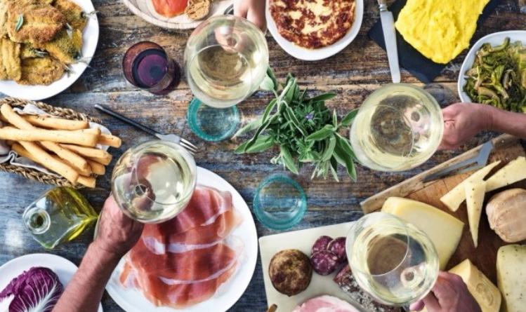 Friuli Venezia Giulia, tre laboratori di degustazione vino nell'ambito di Terra Madre